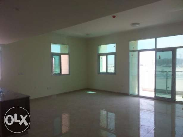 for rent three building from theowner directly at lusail city foxhils الخليج الغربي -  2