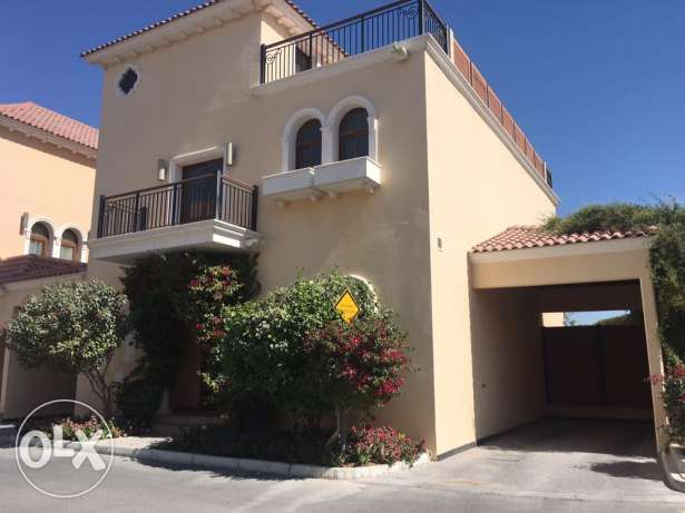 Great villa in a lovely compound . Al Rayyan