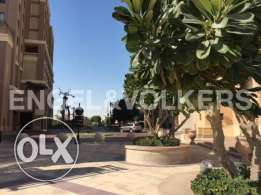 Spacious 1 bedroom Townhouse in Porto Arabia