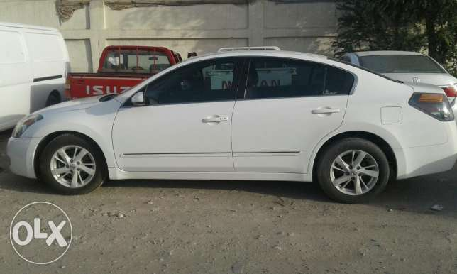 Nissan altima 2008 full option