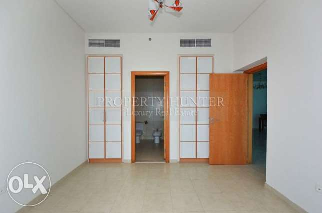 Furnished 2 Bed in Famous ZigZag Tower الخليج الغربي -  7