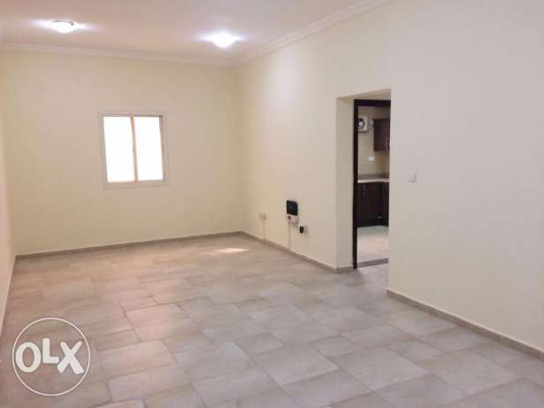 2BR,Un-Furnished Flat in Al Nasr - Near Doha Clinic