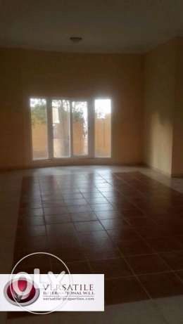 Semi Furnished 7-Bedrooms Villa in Ain Khaled For Bachelors عين خالد -  7