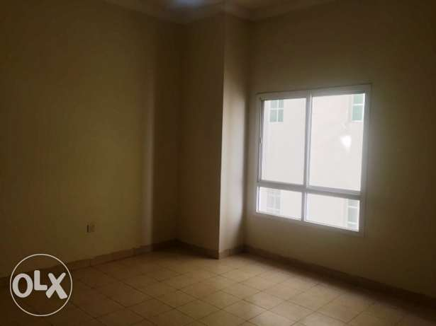 3 BHK Unfurnished Flat in Muntaza (Near Health Center)