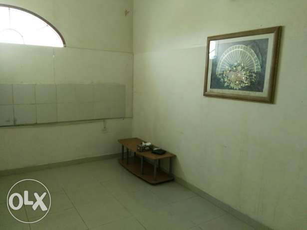 One room with shared toilet,
