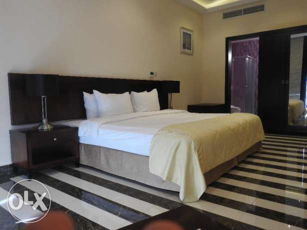 Fully Furnished One Bedroom Apartment المشيرب -  5