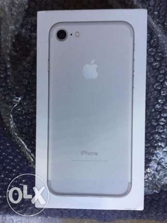 New Apple iPhone 7 128GB Silver for sale