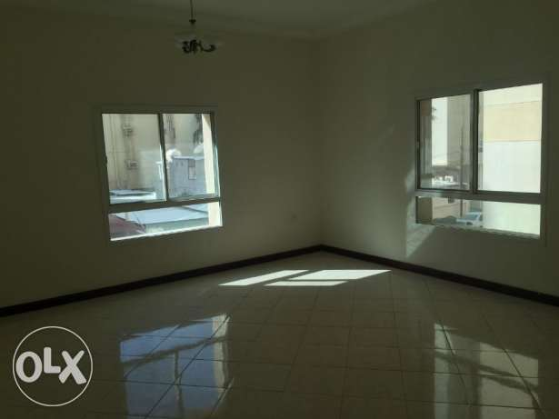 Unfurnished 2BHK apartment available in Mansoura Front of al Meera