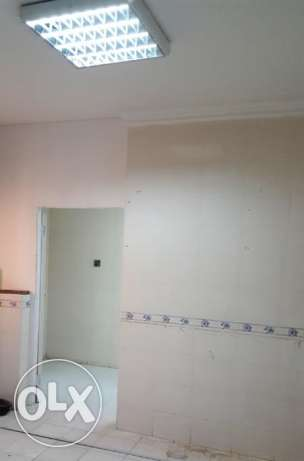 1 bedroom hall kitchen and bathroom including electric,water and inter