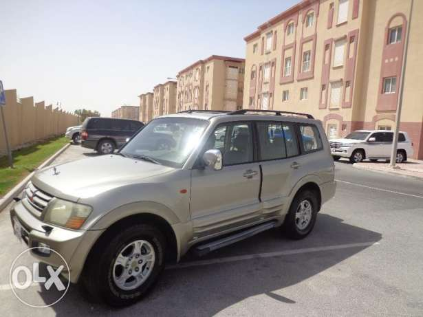 Mitsubishi Pajero for sale (Gold Color)