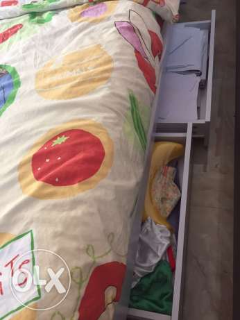 Excellent Condition / Nice kids bed for boys or girls