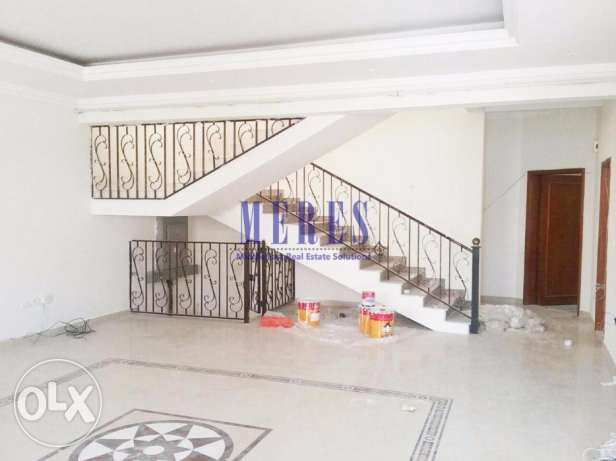 Semi Commercial Villa in Mamoura