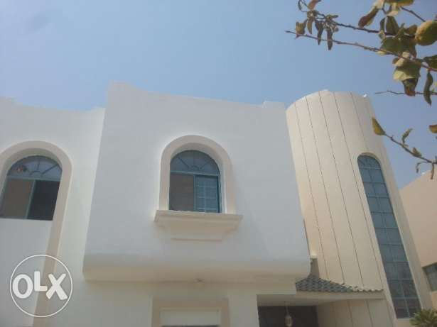 Large Semi Commercial villa 6Bedrooms in Maamoura 600sqm
