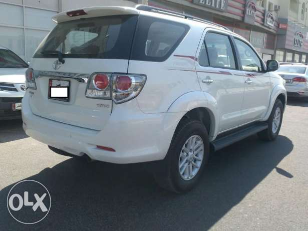 Brand new Toyota - fortuner - 2015 - 6 Cyl الريان -  6