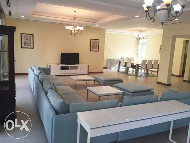 4-BR,Fully- Furnished Compound Villa in West Bay Lagoon [No-Commission