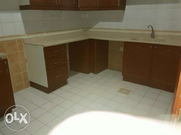 U&F 3bedroom 3bathroom hall kitchen