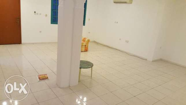 5 bhk stand alone villa with garden for family or ladies staff duhail