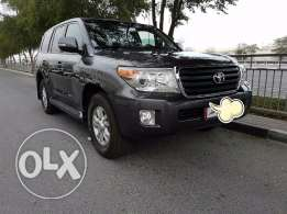 Land Cruiser GXR model 2014, perfect condition