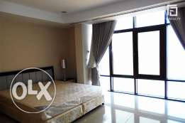 Spacious Flat with Large Balcony in The Pearl