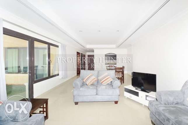Ideally Positioned Marina View Apartment