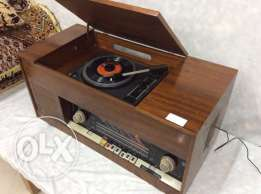 antique radio & turntable