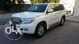Land Cruiser 2011 GX Full Option - Low Milage