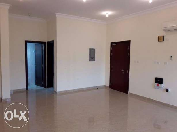 3 BHK Unfurnished Flat in Bin Omran