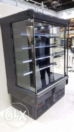 Bora Bora Vertical Refrigerated Showcase