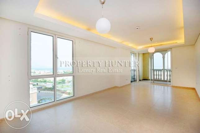 Sea View 2 Bed Home with Amazing Price!