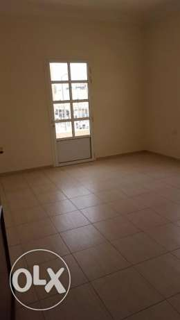 Unfurnished 3-BHK available in Madinath khalifa