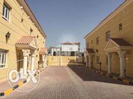 Fully Furnished 6 BHK with Pool
