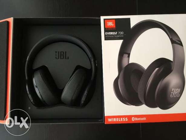 JBL Blutooth HeadPhones,with Call function,NEW