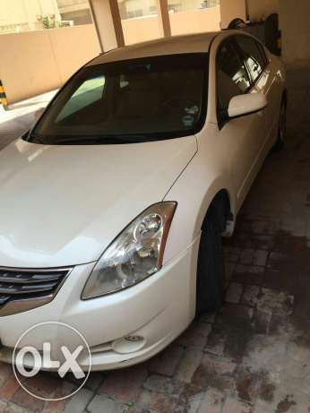 Perfect Nissan Altima for urgent sale