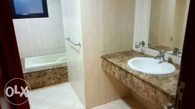 2bedroom fully furnished with big balcony in pearl porto Arabia for re الؤلؤة -قطر -  5