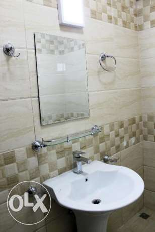 Executive Bachelor's 3 Bedrooms Flat Available in Umm Ghuwalina Area ام غويلينه -  3