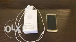 Samsung Galaxy S6 Edge with Gear VR and Wireless charger