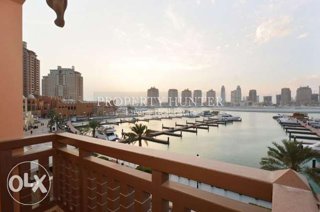 1 Bedroom Townhouse overlooks the marina + 1 month free