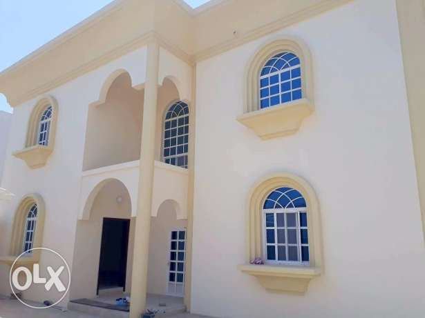 Huge Semi commercial / Residential villa for rent with 4 rooms.- ضخم ش