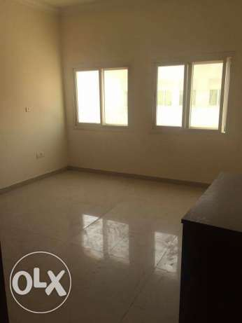 Semi Furnished 7-BR Villa in Ain Khaled-For Bachelors عين خالد -  5