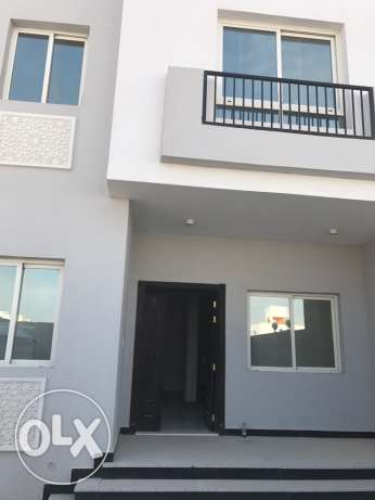 brand new villa for rent in Thumama