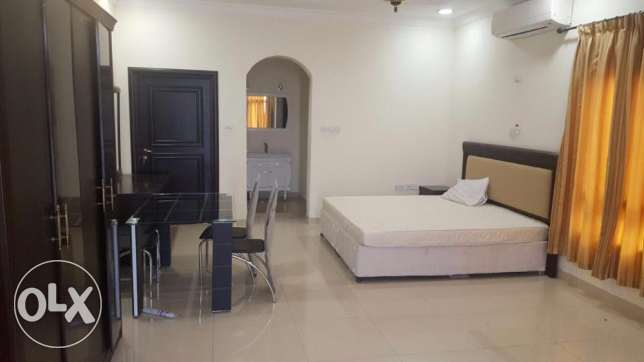 fully furnished studio available in du hail