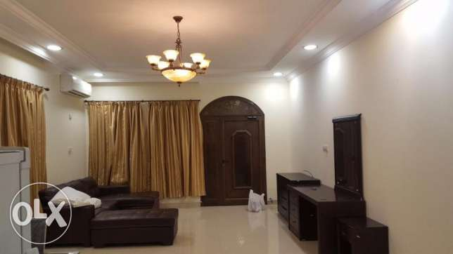 Big fully furnished studio for couples or exicutives.