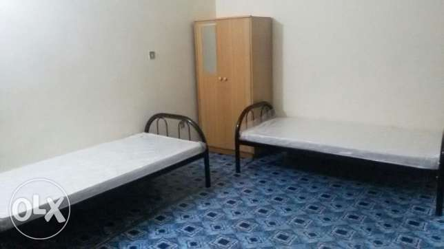 Room for Aviable for Executive Bachelor Indian Srilankan at MP Traders
