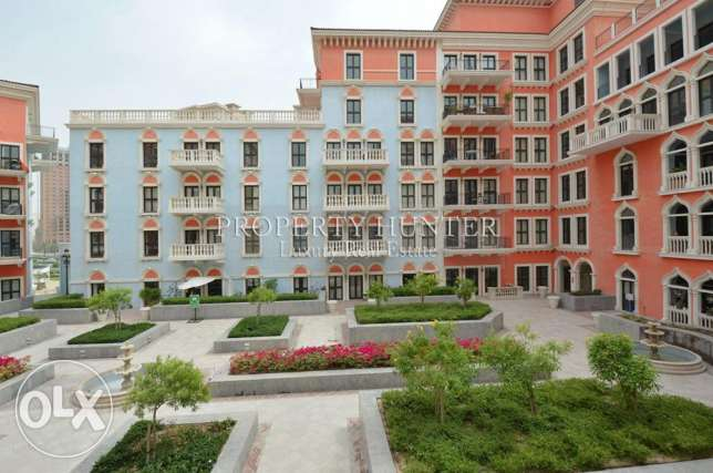 Duplex Residence with beautiful views + 1 Month rent free