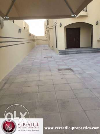 Semi Furnished 7-Bedrooms Villa in Ain Khaled-For Bachelors عين خالد -  3
