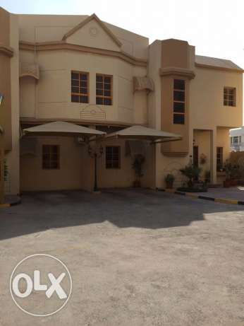 FF 3-BR Villa in Old Airport + Maidsroom -Pool-Gym,QR.12000 المطار القديم -  4