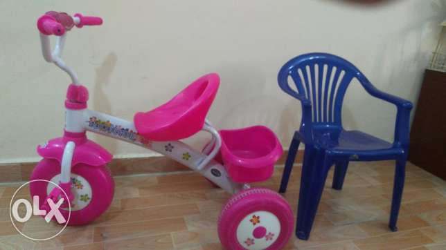 Kids cycle and chair
