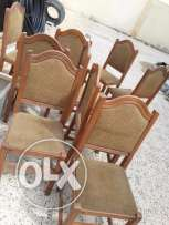 9 pieces chair. Only 200 qr