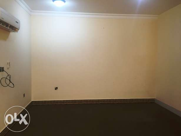 Studio Apartment in Rawda (Unfurnished, near Grand Mart)