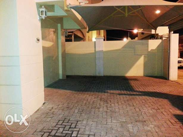 4 BR SF Standalone Villa In Matar Close to E ring Road behind mall